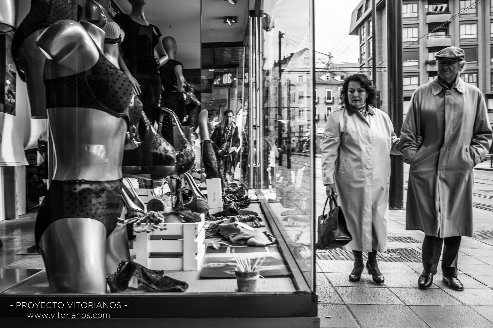 Vitorianos de paseo - Foto: Asun Zárate