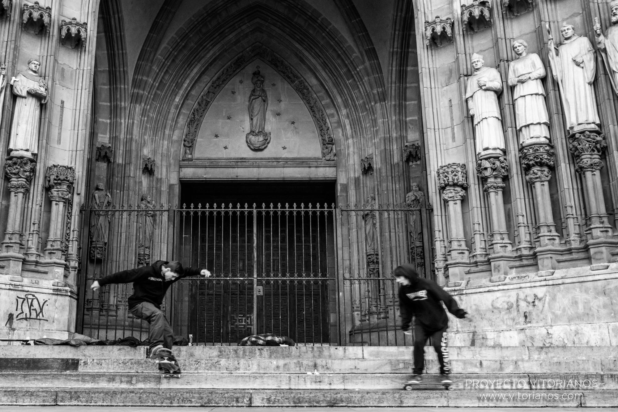 Patinadores en la Catedral Nueva - Foto: Patri Blanco