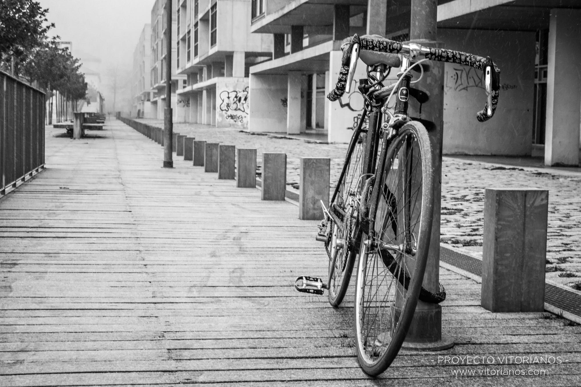 Bicicleta en C/ Jose Erbina - Foto: José Antonio Eguiara
