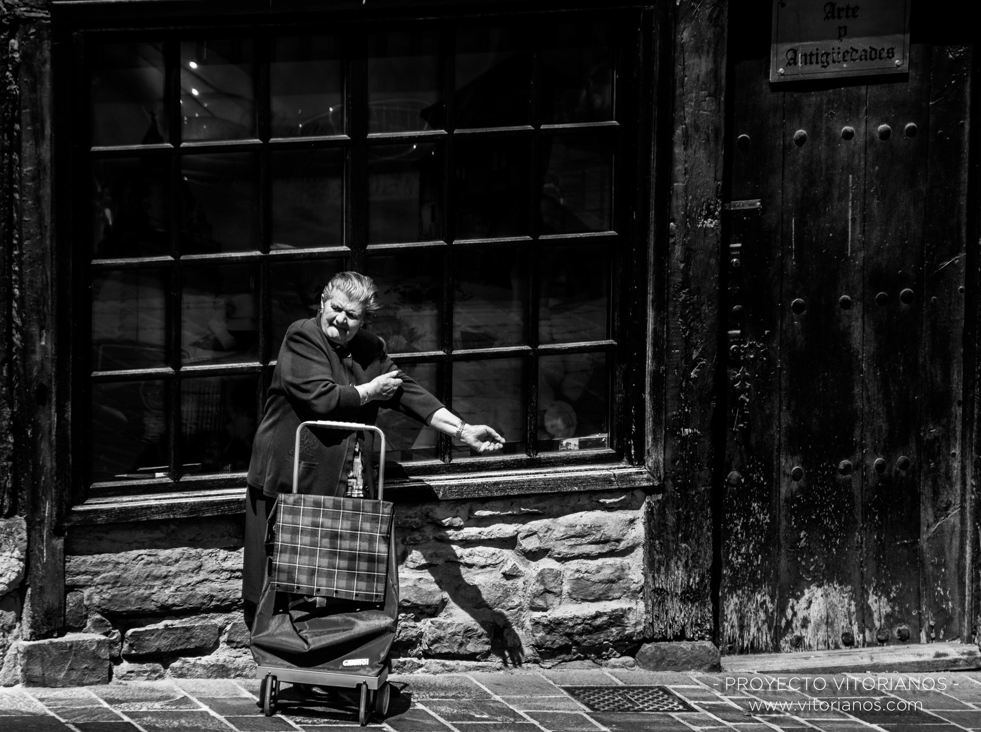 Vitoriana en el casco antiguo - Foto: Virginia Cubillo