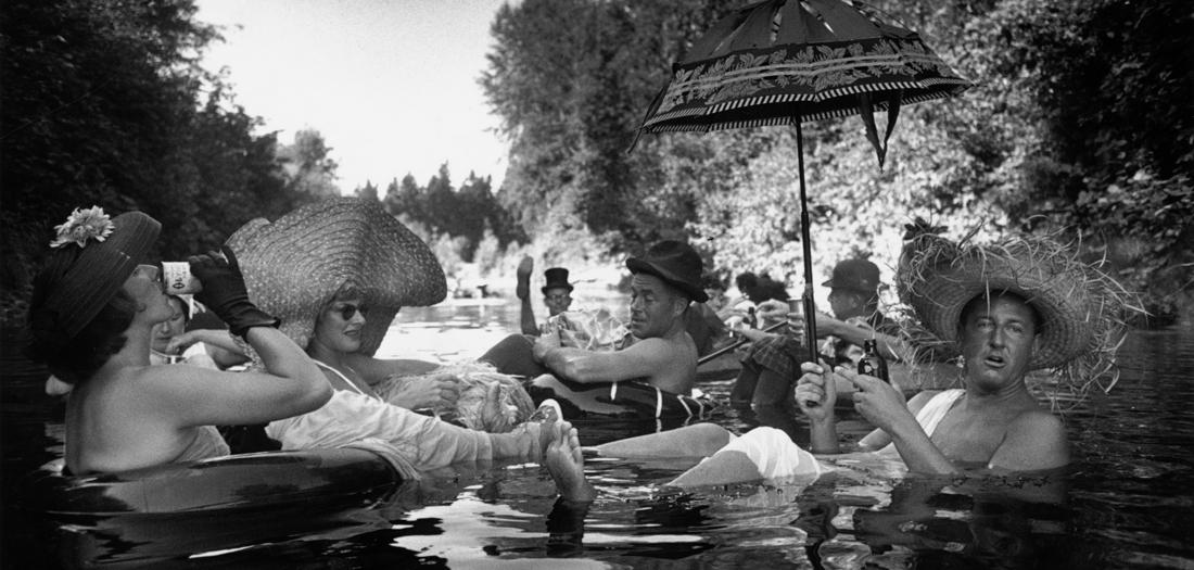 ¡Apunta! Los fotógrafos Magnum más juguetones exponen en Madrid